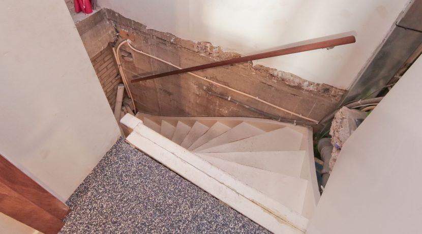 14 Dennenlaan 113 trap naar kelder