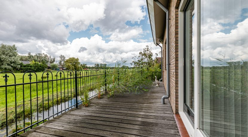 For Rent! A detached family house with free view @Amsterdam Nieuw-West Osdorperweg 582 Foto 02 Terras 01a