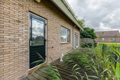 For Rent! A detached family house with free view @Amsterdam Nieuw-West Osdorperweg 582 Foto 08 Terras 01b