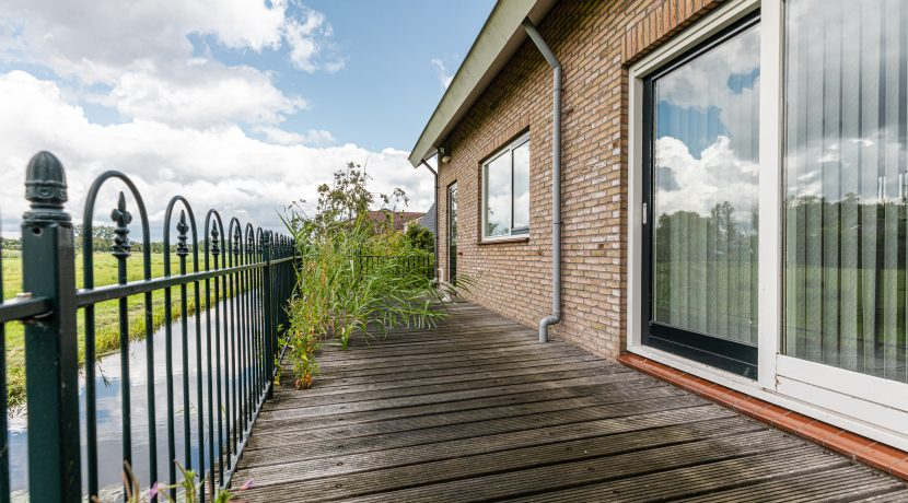 For Rent! A detached family house with free view @Amsterdam Nieuw-West Osdorperweg 582 Foto 09 Terras 01c
