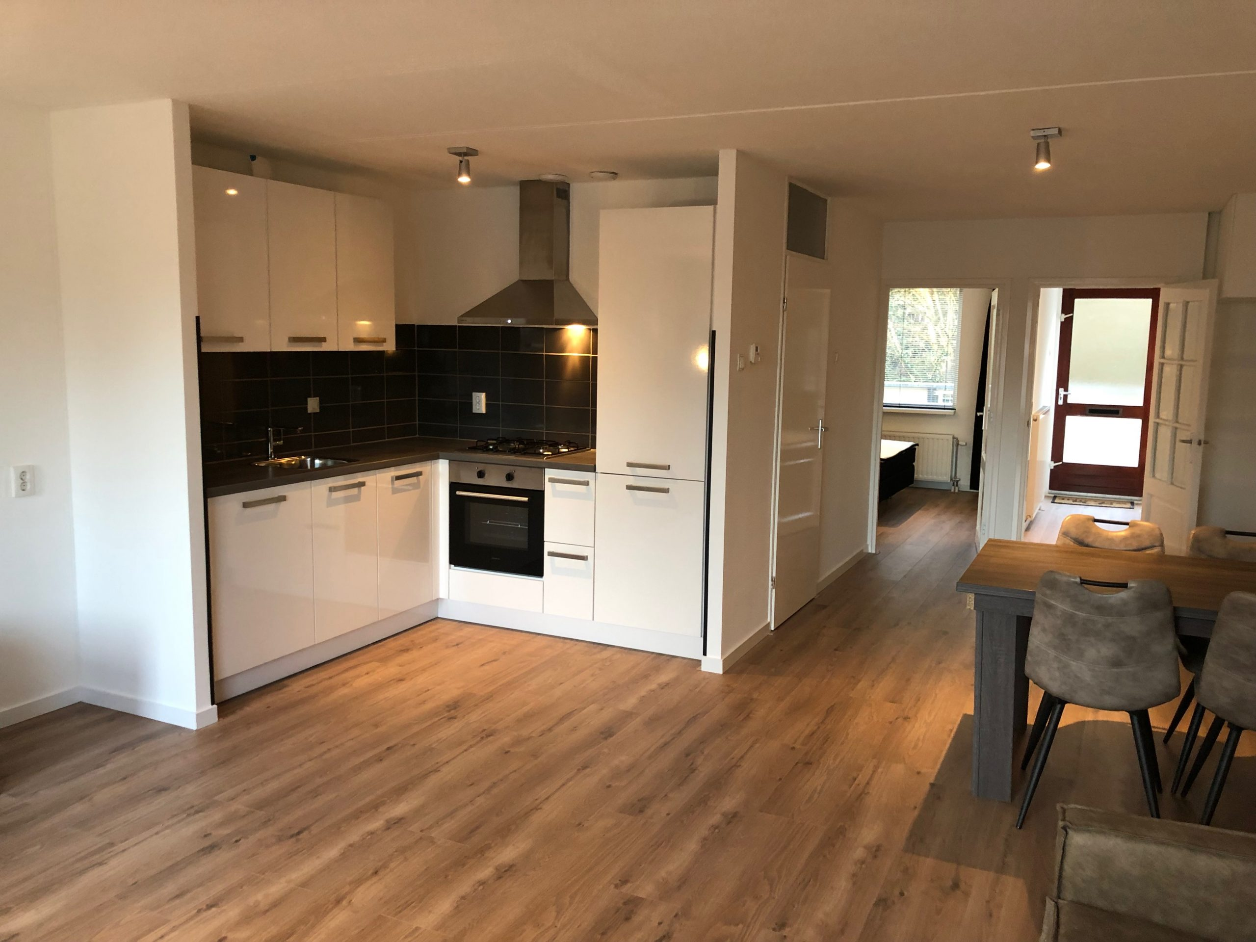For rent For A Limited Time! Furnished Apartment @Badhoevedorp Thomsonstraat 90